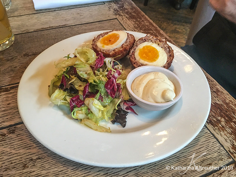 Scotch Eggs im The Kennington Pub