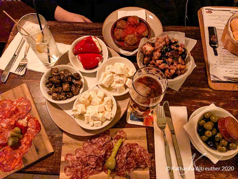 YOSOY Tapas Bar & Spanisches Restaurant in Berlin